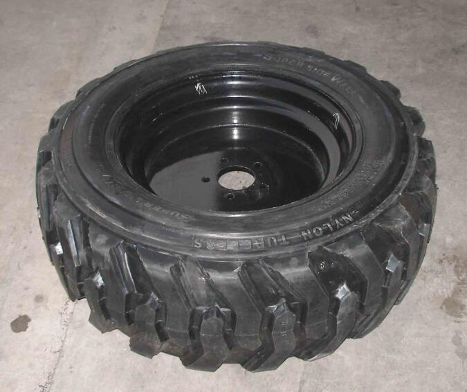 Skidsteer Tires Tubeless